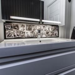 Skräddarsydd akrylskiva med print på baksidan